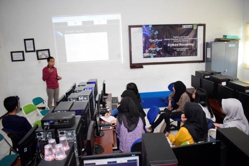 UNAS Gandeng Virtlab, Selenggarakan Pelatihan Cyber Security